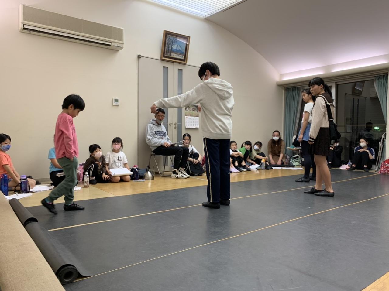 劇の練習です