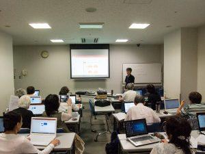 パソコン講習会の写真です